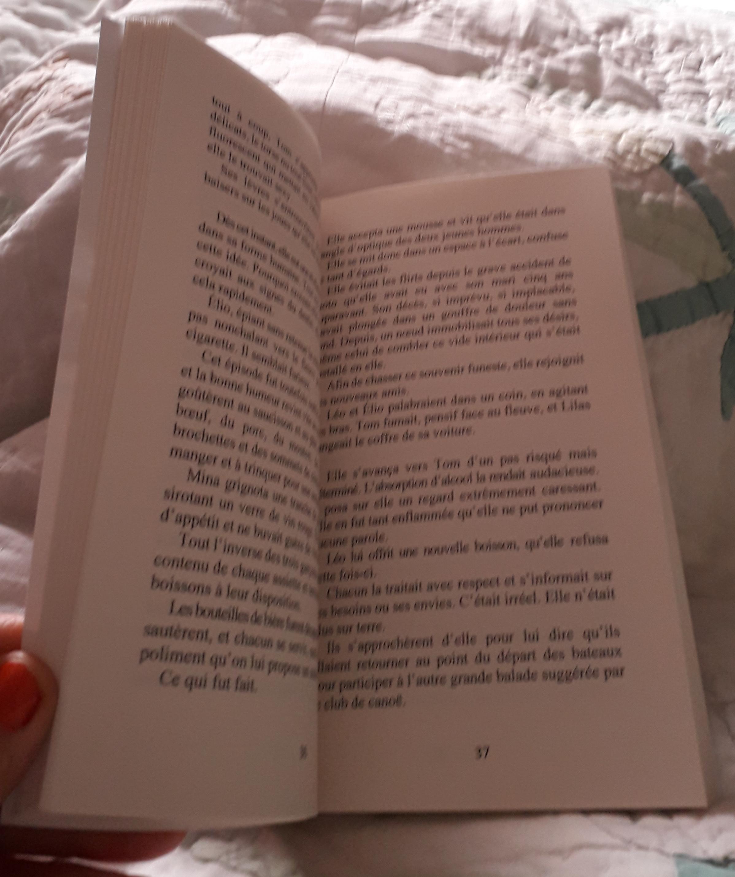 Lire le roman de Béatrice Monge, un vrai plaisir.
